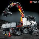 Anspruchsvoll und detailgetreu: der Mercedes-Benz Arocs 3245 Kipper als LEGO Technic Modell