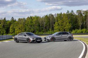 Mercedes-AMG A 45 S 4MATIC+ und CLA 45 S 4MATIC+ (2019);Kraftstoffverbrauch kombiniert: 8,4-8,1 l/100 km; CO2-Emissionen kombiniert: 192-186 g/km*  Mercedes-AMG A 45 S 4MATIC+ and CLA 45 S 4MATIC+ (2019);Fuel consumption combined: 8.4-8.1 l/100 km; Combined CO2 emissions: 192-186 g/km*